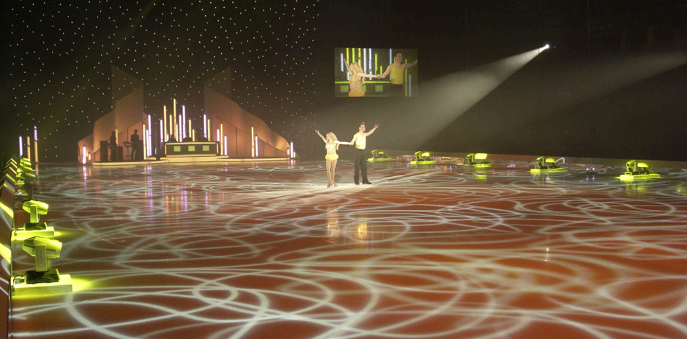 Clay Paky put in lights the Dancing on Ice tour 2012