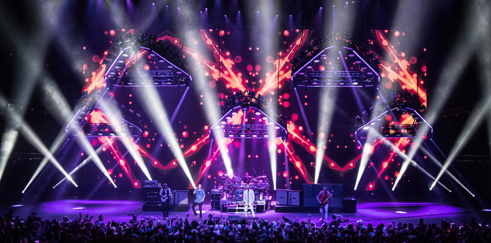 Bobby Grey Delivers for Rock Band 311's Concert Marathon in Las Vegas with Claypaky's Versatile Mythos 2 Fixtures