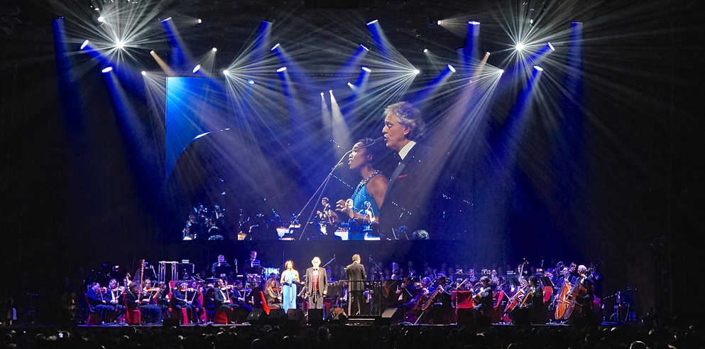 Clay Paky B-EYEs illuminate the Andrea Bocelli tour