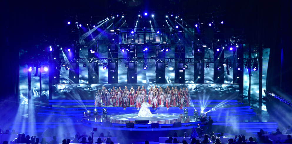 Clay Paky fixtures create a 'temple of light' for Turkvision song Contest 2013