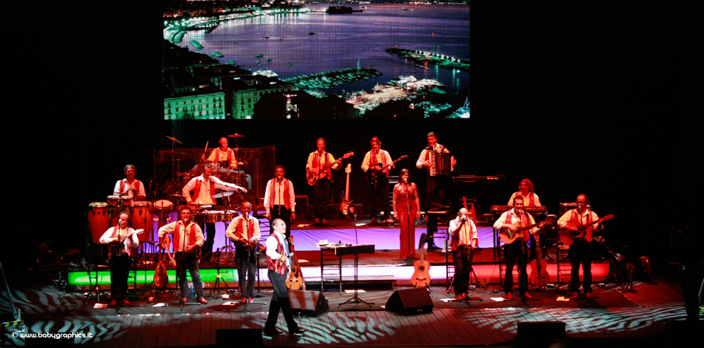 Clay Paky on Renzo Arbore and the Orchestra Italiana's 2015 summer tour