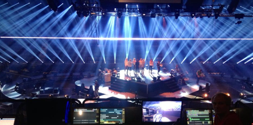 Clay Paky Sharpys Dazzle on Norwegian Idol Final