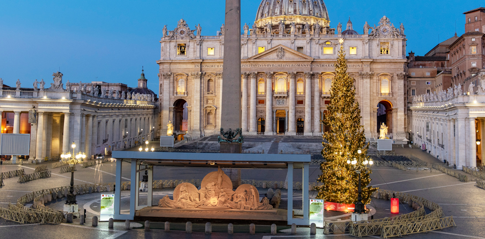 Claypaky's architectural lights illuminate the nativity scene in St. Peter's Square