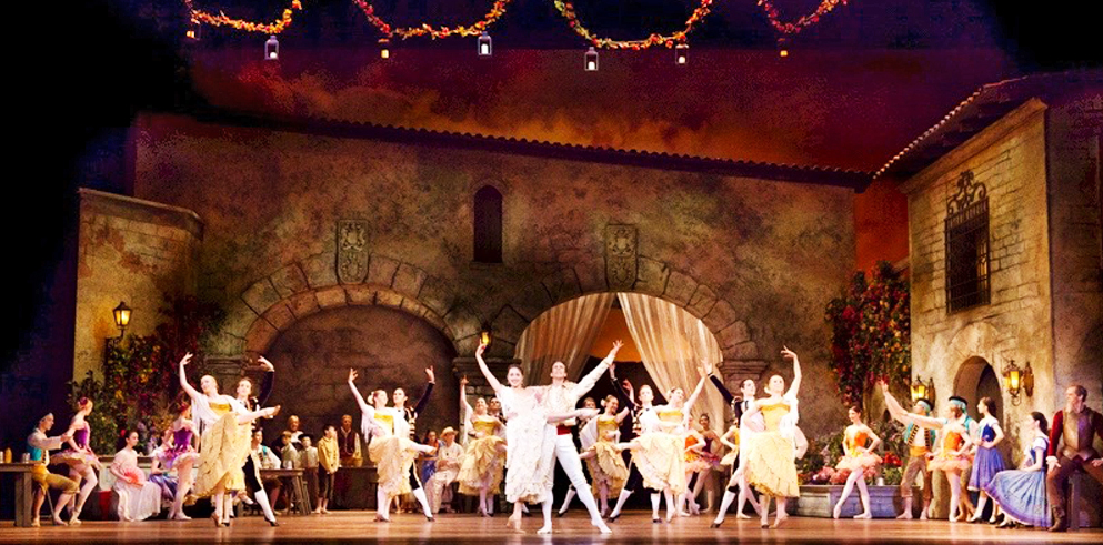 "Pennsylvania Ballet World Premiere of ""Don Quixote"" Features Clay Paky Alpha Spots and Profiles"