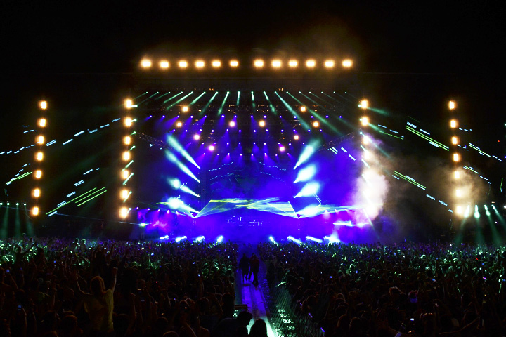 Clay Paky Fixtures Light Up Electric Daisy Carnival's Main Stage