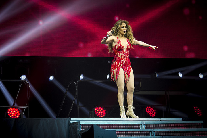 Clay Paky with Jennifer Lopez in Minsk