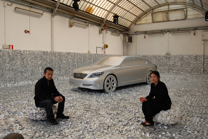 "Clay Paky e Light Video Sound illuminano il ""L-finesse Invisible Garden"" di Lexus"