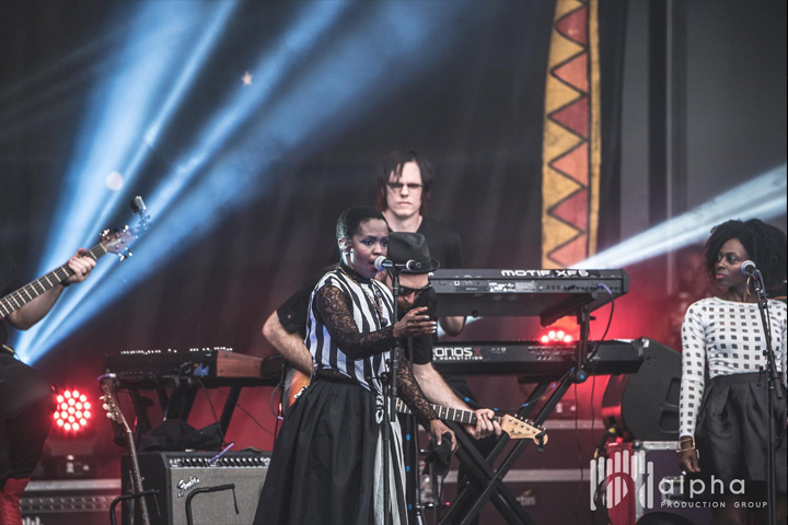 Alpha Production Group Sends New Clay Paky Scenius Fixtures on Tour with Lauryn Hill