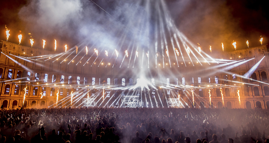 Beats und Beams: Clay Paky at Airbeat One EDM-Dance Festival