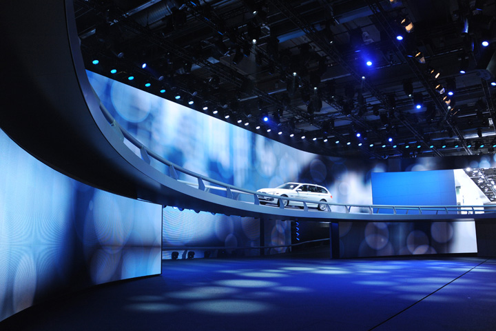 BMW Utilises a Huge Clay Paky Rig to Illuminate its Frankfurt Motor Show Race Track