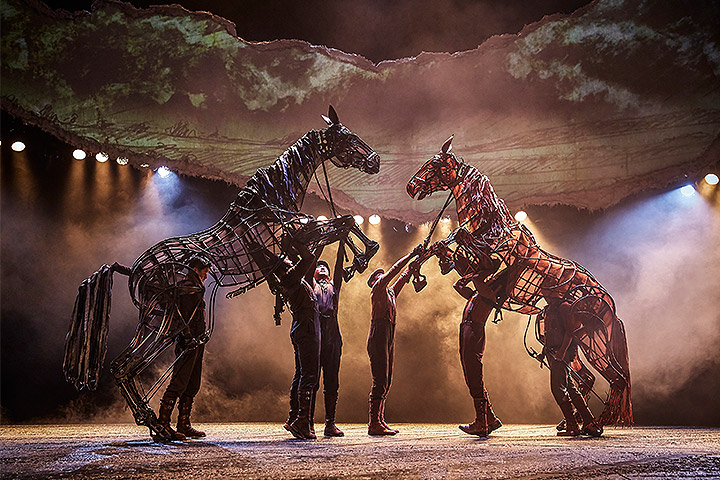 Clay Paky Alpha Beam 700s add drama as War Horse opens in China