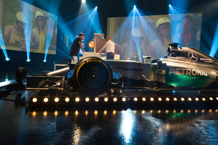 Clay Paky drives dynamic looks on Sky Sports F1 show