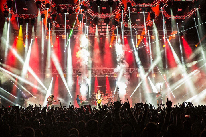 Rock Band 311 Marks Another 311 Day in New Orleans with Arena Shows Featuring Clay Paky Lighting Fixtures