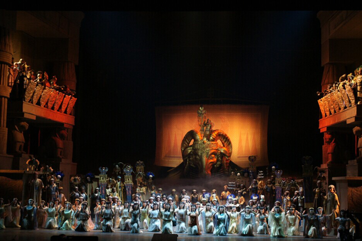 a history of beijing opera Beijing opera, beijing, china 82 likes we are a arts company which has our own performance theater and holds classical and china transitional.
