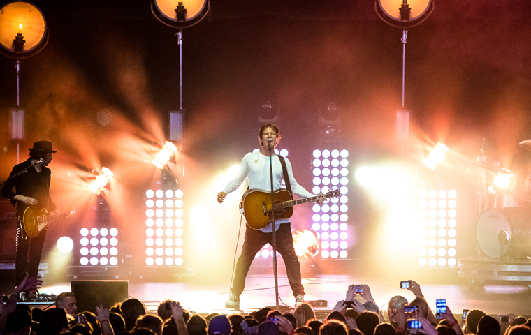 Third Eye Blind Rocks with Clay Paky on Festival Tour