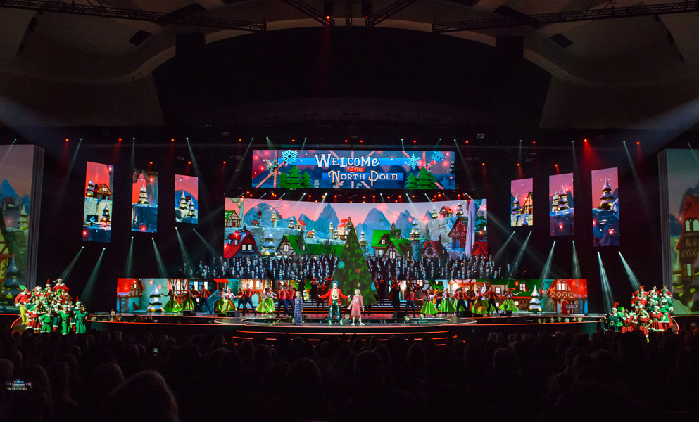 Prestonwood Christmas Show.Clay Paky Uvld Chooses Claypaky Fixtures To Support The